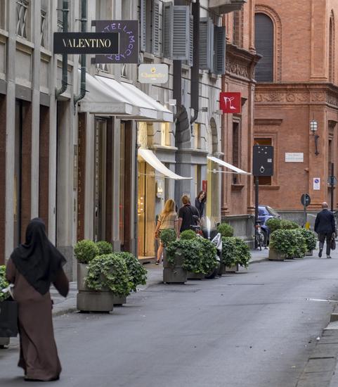 Milaan_Via_Monte_Napoleone_(11).jpg
