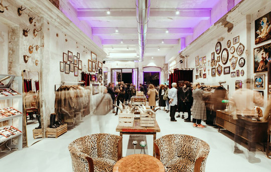 Milaan_east-markt-shop