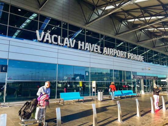 Praag_vliegveld-airport-vaclav-havel